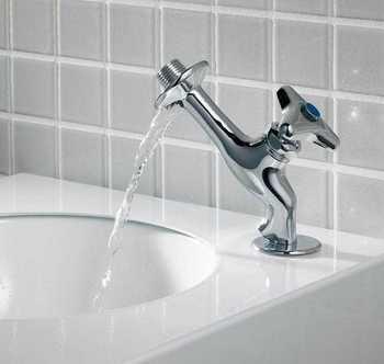 逆立ち水栓2.jpg
